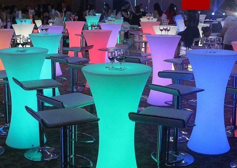 poliuretanski-svetleci-barski-stolovi-15